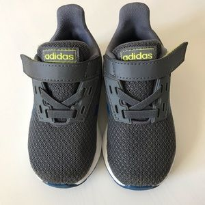 Adidas Toddler Shoes Size 6